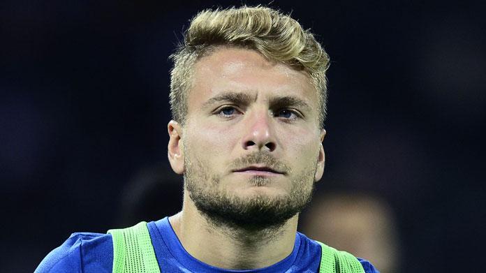 La Lazio dona una maglia alla Raggi, lei rifiuta: