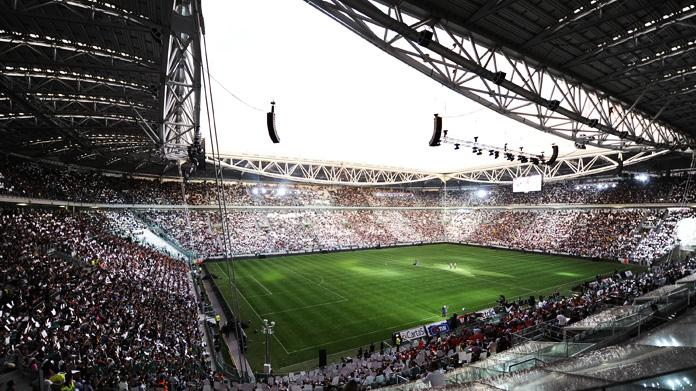 12+ Juventus Stadium Vuoto
