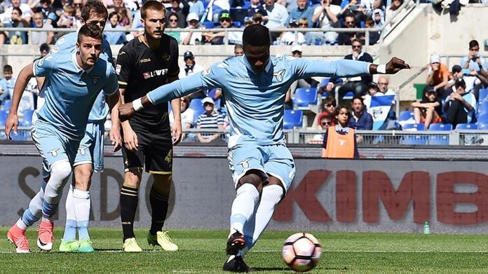 Lazio, Tare avvisa la Juventus: