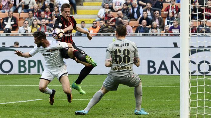 Il Palermo ha esonerato Lopez, squadra affidata a Bortoluzzi