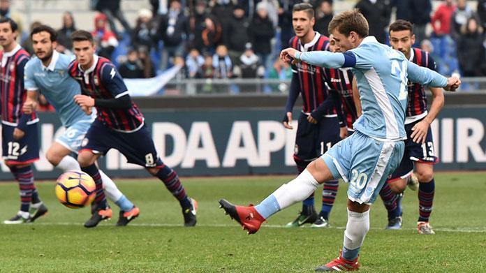 Milan, doppio affare con la Lazio: nel mirino Biglia e Keita