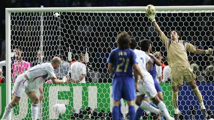 Buffon Vs Zidane Juventus Real Madrid Come Italia