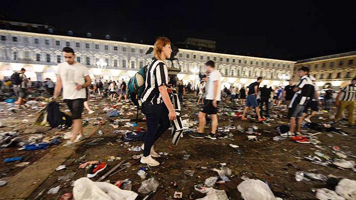 RETROSCENA | Juventus, Bonucci furioso a Cardiff: lite con Allegri e Barzagli all'intervallo
