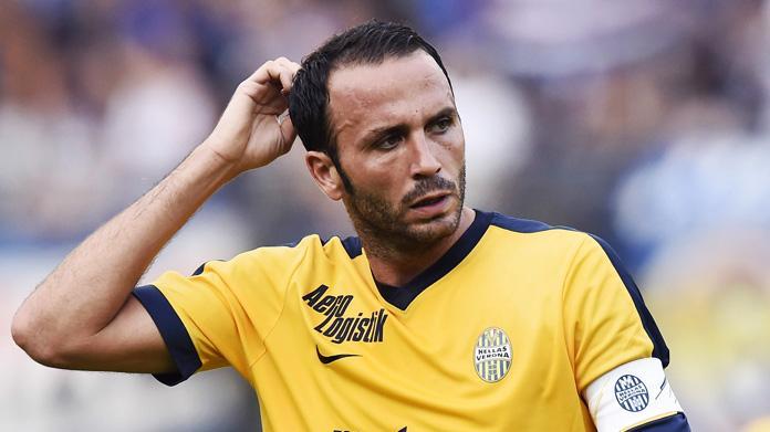 Hellas Verona, Pazzini non convocato per il ritiro. Addio sempre più vicino