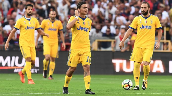 Juventus: lista Uefa, fuori Lichtsteiner