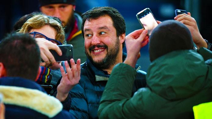 Salvini contro gli stranieri in nazionale: