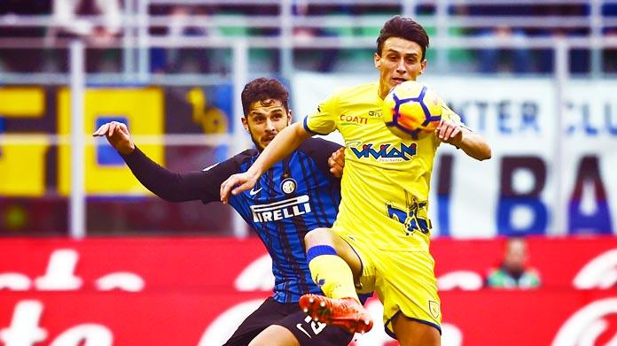Serie A: Juve vince e va a -1 dal Napoli