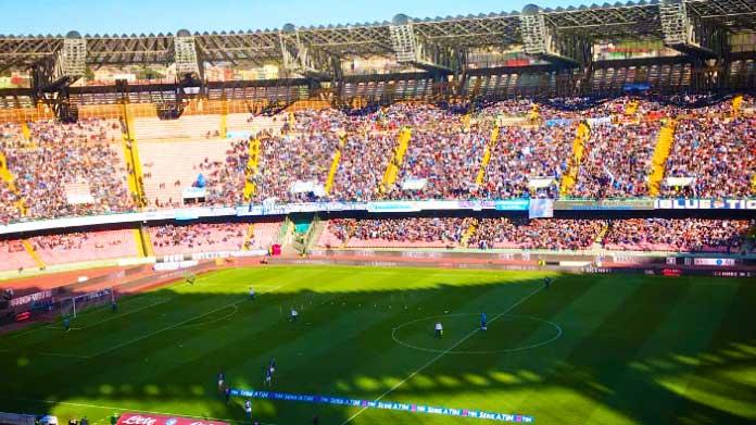 Napoli- Verona Hellas, violenti scontri tra polizia e ultras veronesi