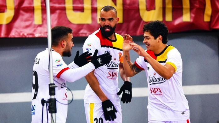Benevento, Sossio Aruta chiama Vigorito:
