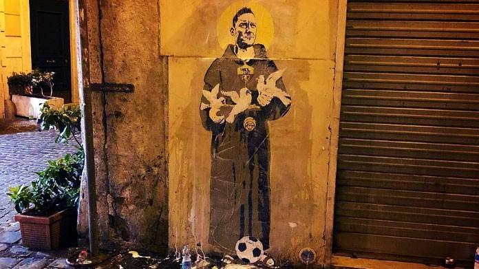 san francesco totti roma murales