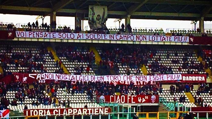 non si salva nessuno Torino-striscione-tifosi