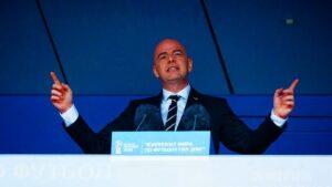 """Il Mondiale ogni due anni scatena la guerra: """"Dodici Federazioni pronte a lasciare la Fifa"""""""