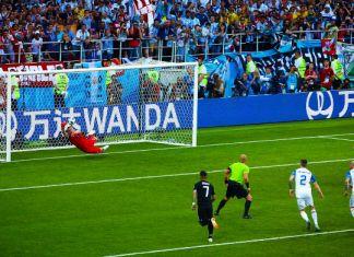 messi rigore sbagliato argentina-islanda mondiali 2018