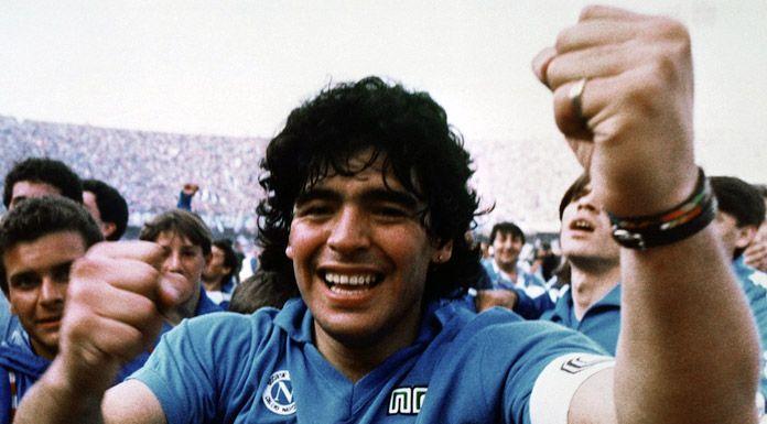 Il mondo piange Diego Armando Maradona    60 anni tra magie in campo ed eccessi fuori