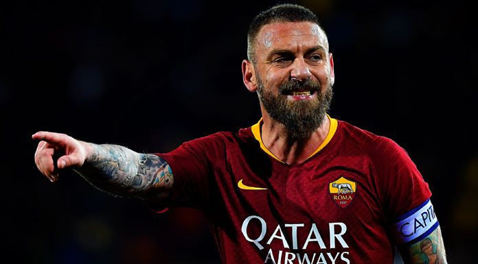 Roma, tentazione De Rossi in panchina e Totti all'area tecnica
