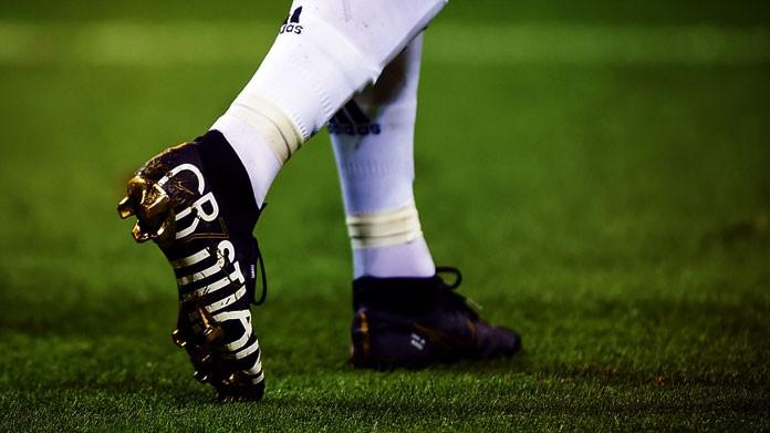 Nuove Scarpe Cristiano Campo Delle RonaldoDebutto In Nike n0w8mvN