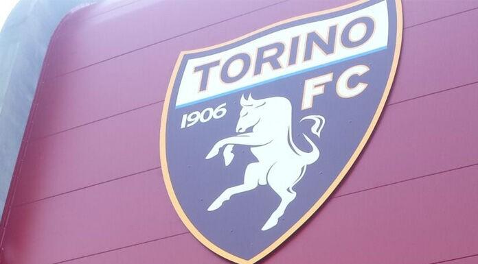 Il Torino abbraccia un suo grande tifoso: «Bentornato a casa