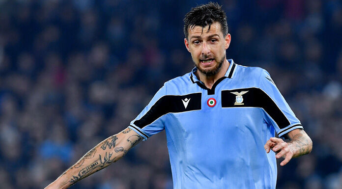Lazio |  clamoroso Acerbi |  il difensore dorme a Formello  Il motivo