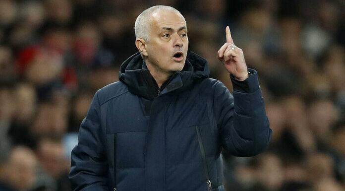 Mourinho sconsolato: «Noi senza attaccanti in campo, due son