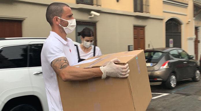 Bonucci dal cuore d'oro: donate 19 mila mascherine autografa