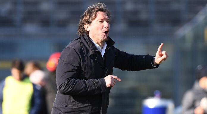 Crotone, Stroppa: «Ingenui contro il Genoa. Gli schiaffi ci faranno crescere»