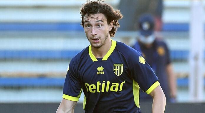 Inter: domani le visite per Darmian poi l'assalto a Marcos Alonso