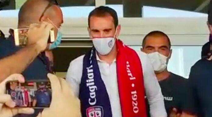 Conferenza stampa Godin: «Cagliari scelto col cuore, aspetto Nainggolan»