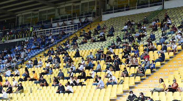 Riapertura stadi: le regioni dicono sì al 25% degli spettatori. Oggi il protocollo esaminato dal Cts