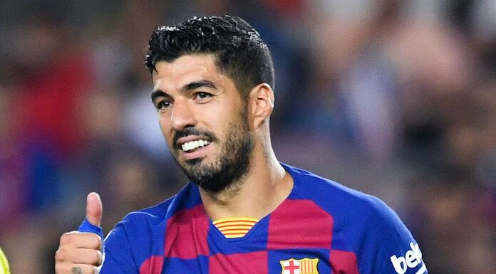 Barcellona, l'addio in lacrime di Suarez: «Sarò sempre vostro tifoso»