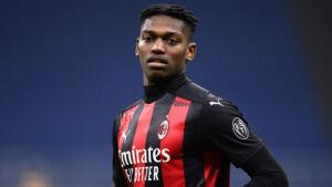 Milan, Leao: «Rosso a Ibrahimovic? Ecco cosa gli dirò»