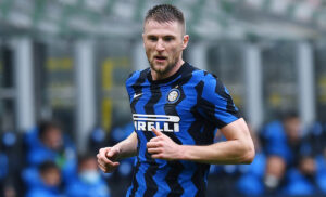 Milan Skriniar 300x182 - Calciomercato Inter: il Tottenham prepara l'offerta per Skriniar