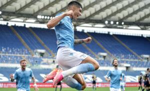 Correa 300x182 - Correa saluta la Lazio: «Tre anni bellissimi, ho sempre onorato la maglia»