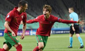 Esultanza Mota Carvalho Portogallo Under 21 300x182 - Semifinali Europei Under 21: Portogallo-Spagna e Olanda-Germania
