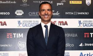 Jorge Mendes 300x182 - Cristiano Ronaldo City: Jorge Mendes non torna a Torino. Le ultime