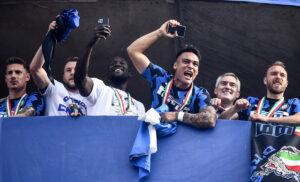Lautaro Martinez Lukaku 300x182 - Inter, Inzaghi e Lukaku uniti nel convincere Lautaro a restare: i dettagli