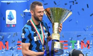 de Vrij 300x182 - De Vrij: «Bello aver trovato Inzaghi. L'Inter ha voglia di confermarsi»