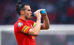 Bale 1 300x182 - Bale eguaglia… Bale: il record con il Galles