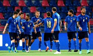 Italia 300x182 - Italia, mini-vacanza finita: Azzurri attesi alle 22 a Coverciano per il ritiro