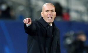 Zidane 1283854328 1 300x182 - Zidane torna al Bernabeu: «Atmosfera stupenda. Sul Real Madrid…»
