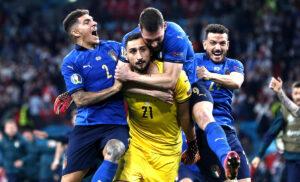 Donnarumma Italia 300x182 - Donnarumma: «Sarò sempre tifoso del Milan, poi parlerò. Non avevo capito che avevamo vinto»