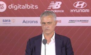 Mourinho 2 300x182 - Mourinho:«Voglio la Roma dei romanisti. Mi aspetto qualche trofeo»