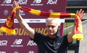 Mourinho GINO3083 1 300x182 - Ultime Notizie Serie A: giorno di presentazioni per Spalletti, Mourinho, Juric e Dionisi