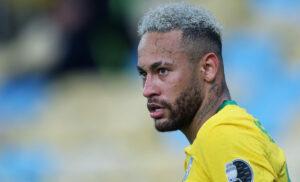 Neymar, l'entourage lo difende: «Pronto a combattere per il Psg»