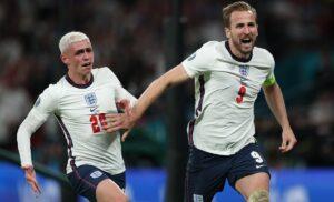 esult gol Kane4222 1 300x182 - Italia Inghilterra, il pronostico di Carragher: «Si andrà ai rigori e vincerà…»