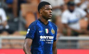 Denzel Dumfries 2 300x182 - Dumfries: «Debutto speciale con l'Inter. Ecco chi mi ha convinto»