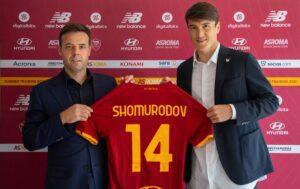 E70OXSWXMAYZQG2 300x189 - Shomurodov: «Roma top club. Enorme passo in avanti nella mia carriera»