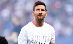 Messi 8 300x182 - Messi o Dybala? È lui il miglior calciatore argentino in attività
