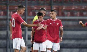 Murano esult gol PAP0348 1 300x182 - Risultati e classifica Serie B LIVE: colpo Perugia con Murano, stasera il derby veneto