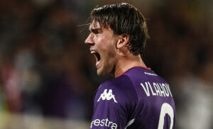 Fiorentina, anche il PSG sulle tracce di Vlahovic: Leonardo monitora la situazione
