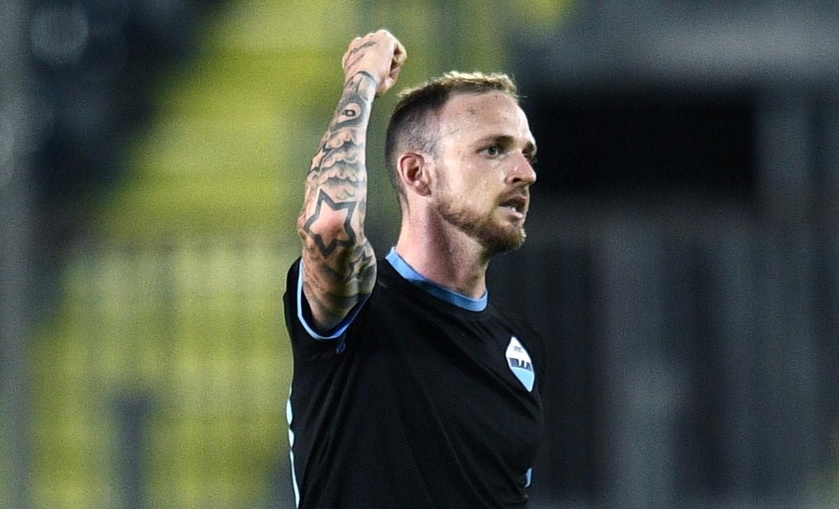 Lazio, Lazzari stringe i denti: vuole esserci contro il Milan - Calcio News  24